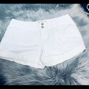 Perfect White Shorts by Old Navy In Size 6.